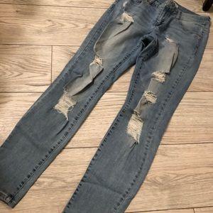 Refuge distressed jeans